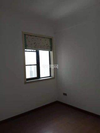 万达旁 御景水岸 三室两厅 99平带装修