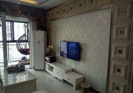 鸿升现代城 精装两房 楼层超好 价格美丽 新妇幼就在对面 交通生活便利 诚意出售!
