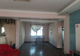 出售长征路体育场对面同昇社区 4室2厅1厨1卫 152平米