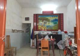 华侨城私房单间三层4.5X10米  房东急售。新房二手房海量房源等你来询18154372517