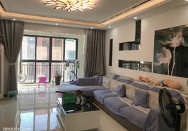 绿地香格里拉 精装三房 拎包入住 看房方便 房东诚意出售