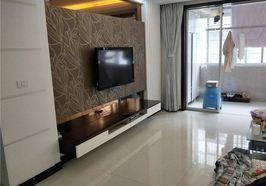 永兴小区,三房两厅两卫,室内装修精美,证满两年,看房方便,周边配套完善