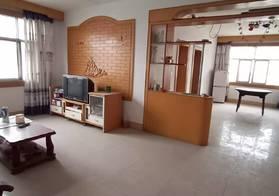 仙源学校旁富美华庭步梯中层 简装三房 周边有菜场,步行2分钟可以到达仙源中学 生活方便