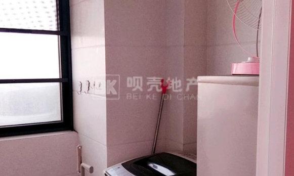 沃尔玛旁边银座帝景湾新城九期CBD公寓  70年产权 精装修 房东急售
