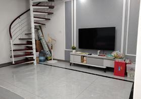 城南 仙桃汽车城 精装复式 步梯三房 看房方便 单价3400证满二