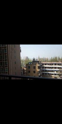 西湖御苑大三房可看湖景超大双阳台
