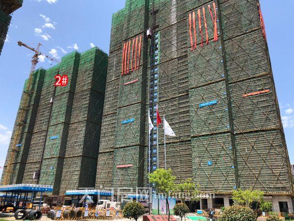 2号楼已建至25层.jpg