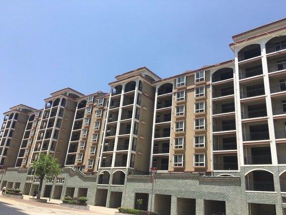 现房,毛坯,均价2900元,总价30万起,临武汉,电梯湖景房