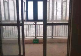 福星城 毛坯大三房  采光视野好  证件满二  有钥匙随时看房