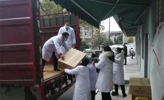 雪中送炭,卓爾向潛江捐贈急需醫療物資