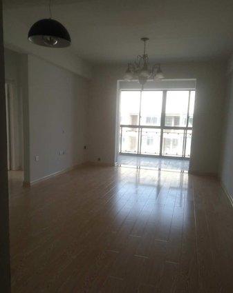保丽广场88平米两房  房东直租