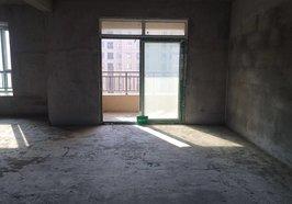元泰未來城 新三中旁 毛坯大三房 下樓就到學校了 隨時看房