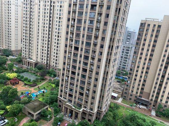急賣 元泰未來城 緊挨仙桃新三中 黃金樓層支持貸款隨時過戶 毛坯三房 南北通透