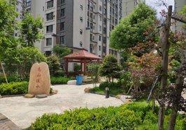 業主誠心出售東城區云湖尚景2號樓靠東第7樓的商品房,128.22平米,毛坯三房,證滿2年
