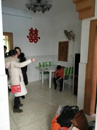 汉川实验高中隔壁学区房