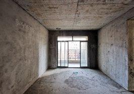 城南中心地段新街 電梯好樓層 三房兩衛 滿二年隨時看房 誠心賣