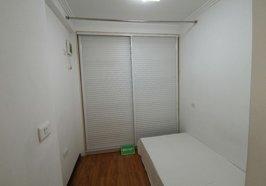 翰林公馆 一中对面 一楼复式 可拎包入住 楼上两个房,楼下厅厨卫 好租好住