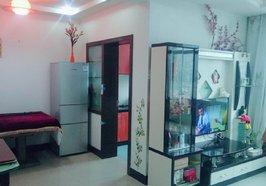 何李路東區車站附近精裝兩居室成色新,家具家電齊全拎包直接入住,不動產在手滿兩年過戶費低